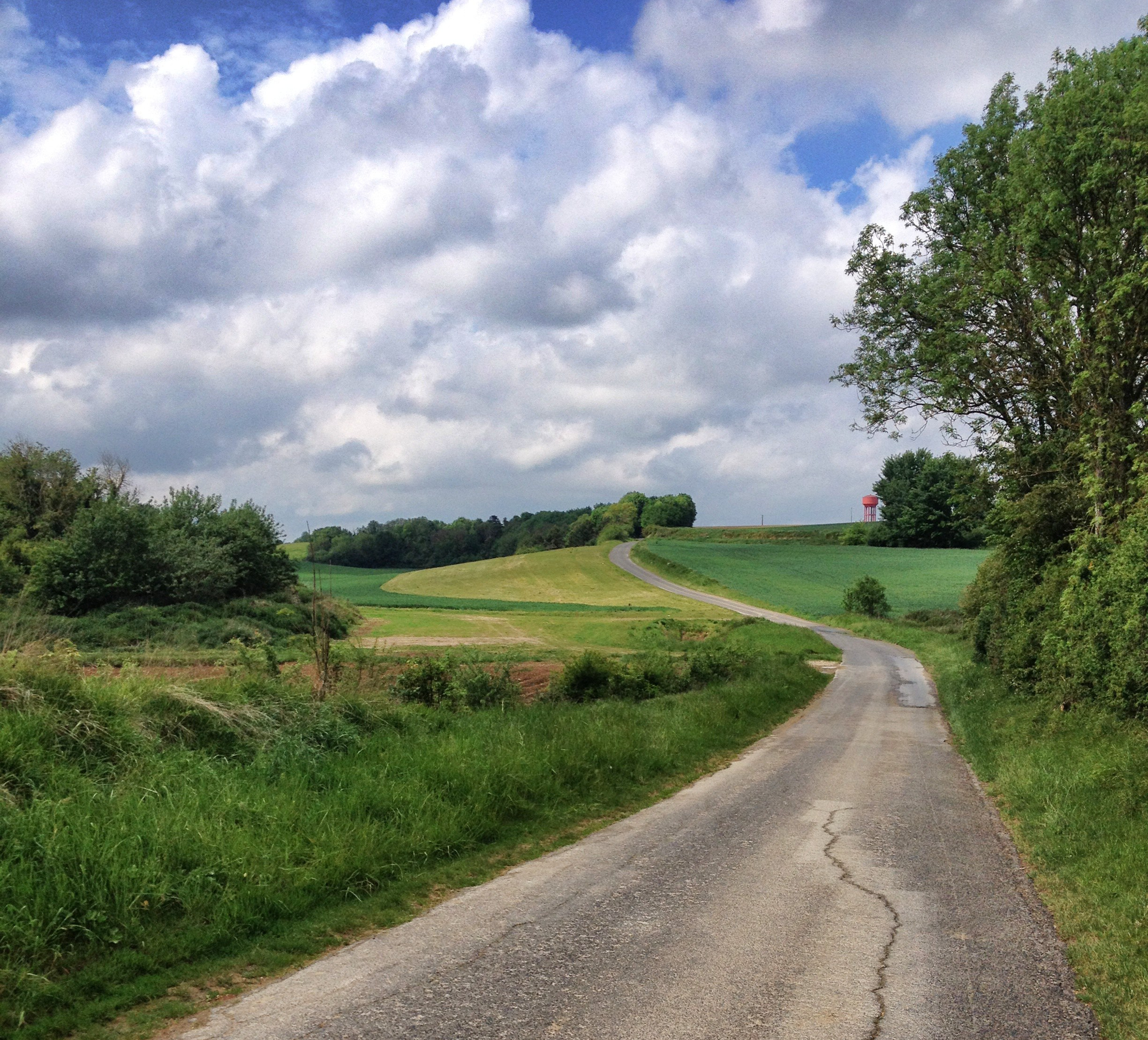Deserted roads across the Canadian of the Battle of Amiens